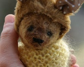Flo Artist Bear by Atelier Lavendel Natural Fiber Art  6in OOAK Antique Vintage Style German Bear ECO Friendly Collectible