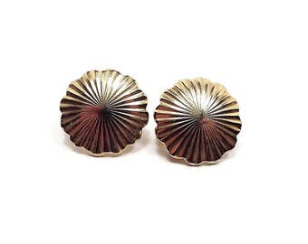 Vintage Clip on Earrings Gold Tone Textured Round Scalloped Edge Retro Womens 1970s 70s