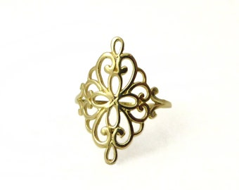 Lace ring. 14KGold Floral ring. Filigree ring. Filigree gold ring. Dainty gold ring. Gold ring. Gift for her.