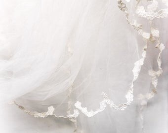 antique wedding veil