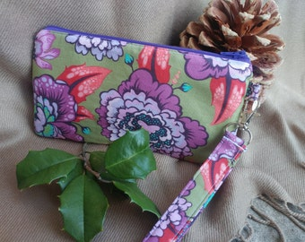 Floral Wristlet - 1 Day Shipping - Zippered Pouch - Wallet - Makeup Bag - In Stock - OOAK - Ready to Ship