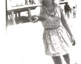 "Vintage Snapshot ""Frisbee On The Beach"" Pretty Girl 1940's Swimsuit Sunglasses Found Photo"