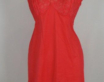 VANITY FAIR SLIP vintage hot red nylon 34 xs S