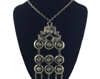 vintage 1970s silver statement necklace / modern modernist / large pendant necklace / costume jewelry / vintage jewelry
