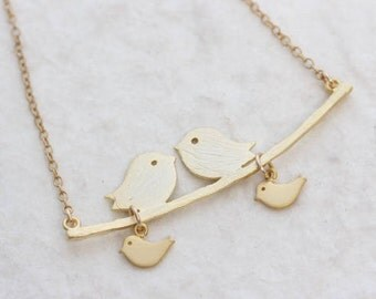 Gold Love Birds Necklace, Love birds and Baby bird - Mom and child, Gold Bird Necklace, Anniversary gift -Couple & Baby, Family Jewelry