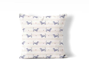 Doxie pillow cover, Dachshund pillow, dog lover goft, doxie decor, weiner dog pillow, red tanand blue pillow cover 18x18 inches, doxie gift
