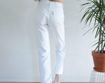 LEVI'S 501 White Jeans size 26/27