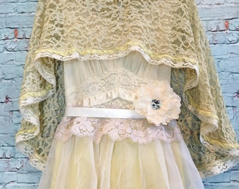 celadon & cream vintage lace capelet by mermaid miss Kristin