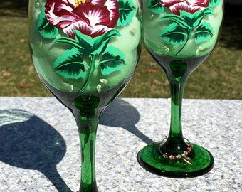 Green Wine Glasses With Hand Painted Red Roses and Wine Charms Set of 2-12 oz, Mothers Day Gift, Wedding Glasses, Birthday Gifts