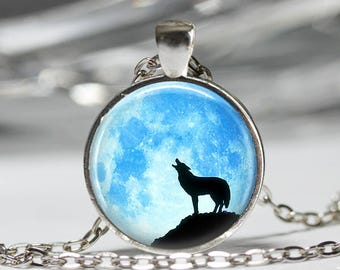 Blue Moon Jewelry, Wolf Necklace, Animal Moon Pendant [A25]