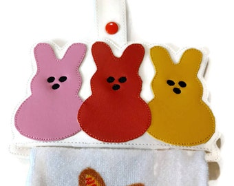 Marshmallow bunnies kitchen towel holder, towel topper