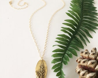 Leaf necklace, tree necklace, gold leaf necklace, nature jewelry, plant necklace, statement necklace, plant jewelry, outdoor jewelry