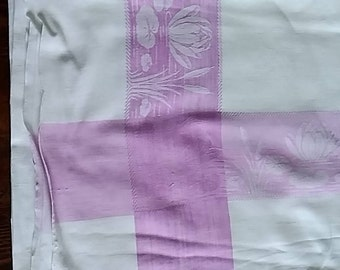 Large Vintage tablecloth - 1950s - Lilac & White - Waterlillys