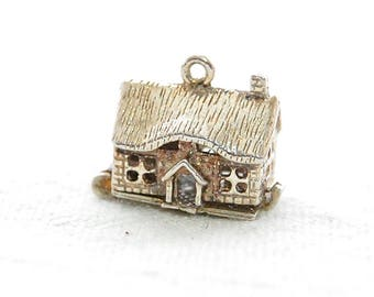 British VINTAGE Sterling Silver Charm -  English Farm House opens to reveal Furniture inside