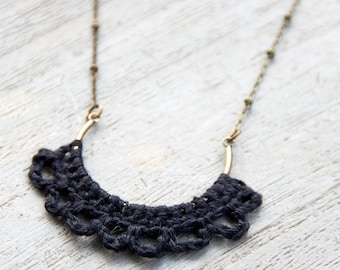 Half-moon necklace | crocheted | natural linen and brass metal