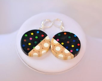 Black/white colored pencils earrings