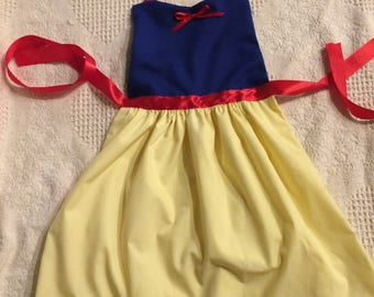 Snow White Dress-Up Child's Apron