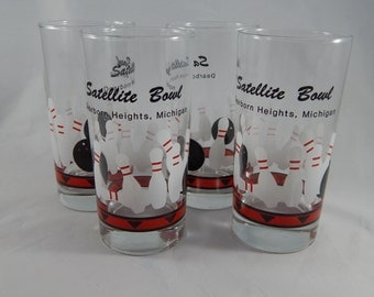 Set of 4 Vintage Bowling Glasses, Tom Collins Tall Glasses, Kitschy Barware, 1970s
