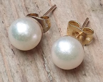 Vintage real Pearl and 9k gold stud earrings