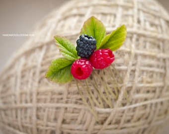 Raspberries hair comb, Handmade berries haircomb, Realistic accessories, Polymer clay fimo berry, Rustic hair accessories, Ready