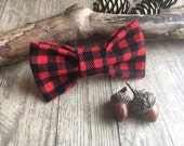 Dog bow tie. Cat bow tie. Luxury soft, bowtie. Dickie bow. Clip on or elastic. Rustic, checked, plaid, tartan. Red black. Lumberjack