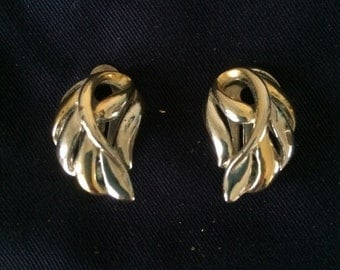 Vintage Earrings -- One Pair -- Silver And Gold Clip On Earrings -- Costume Jewellery