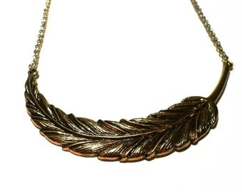 Statement necklace leaf