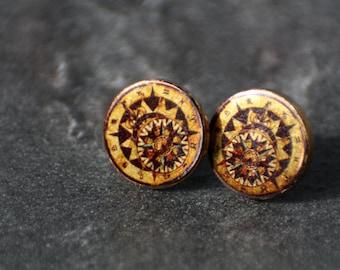 12 mm ear studs, compass