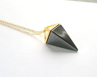 Hematite Necklace Triangle Necklace Hematite Pendant Geometric Pendulum Necklace Black Stone Necklace Hematite Jewelry Pyramid Necklace