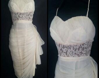1950s Lilli Diamond Wiggle Dress