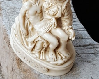 La Pietà Michelangelo Sculpture~Reproduction of Renaissance Sculpture Michelangelo Buonarroti~Jesus Body on the lap of Mary~JewelsandMetals