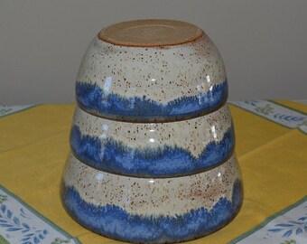 Bowl set, mixing bowls, serving bowls, stacking bowls, vegetable bowl, pasta bowl, pottery bowls, blue bowls, kitchen bowls