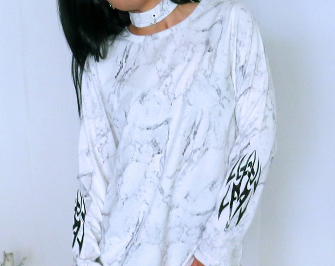 CARBON white marble long sleeve T-shirt