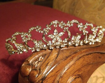 Regal Air Tiara Gold or Silver Rhinestones Wedding Quinceañera New Vintage