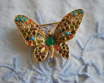 Butterfly  Brooch , Rhinestones and Gold Tone , Vintage Jewelry , Valentine's Day