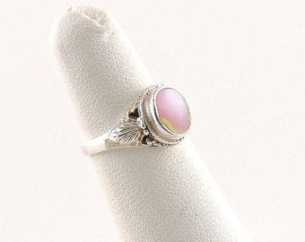 Size 4 Sterling Silver And Pink Mother Of Pearl Ring