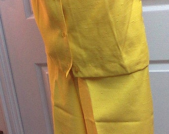 Vintage Yellow Capris and Short Sleeve Shirt Set by Majestic