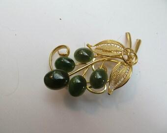 Vintage Gold Tone Filigree Jade Brooch