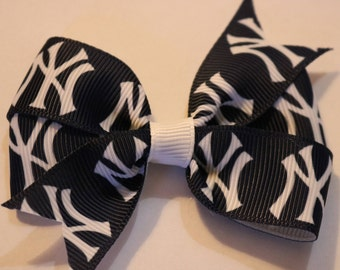New York Yankees Hair Bow, New York Yankees Bow, Yankees Hair Bow, Yankees Bow, MLB Hair Bow, Baseball Hair Bow, New York Hair Bow