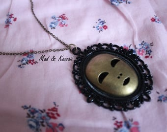 Cameo necklace mask
