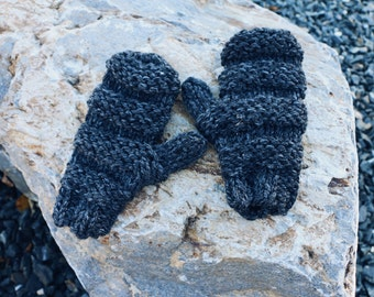 The Lexington Mitts ∙ Hand Knit Mittens ∙ Optional Fleece Lining ∙ Chunky ∙ Charcoal