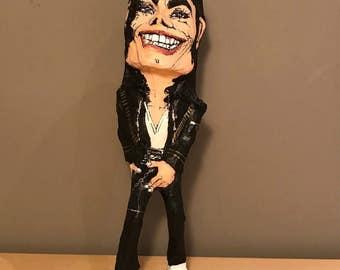 Michael Jackson, Paper mache handmade figure