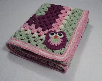 Crochet Baby Blanket in light green pink and purple cotton. With a cute owl applique. Crochet Baby Afghan, Giant Granny square baby blanket