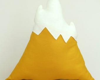 Mountain pillow yellow