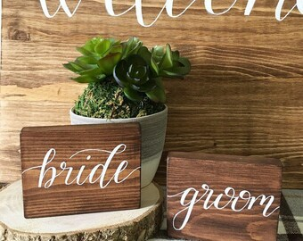 Rustic bride and groom table signs // rustic wedding // rustic wedding decor // wedding signs // wood signs // table numbers // mr & mrs
