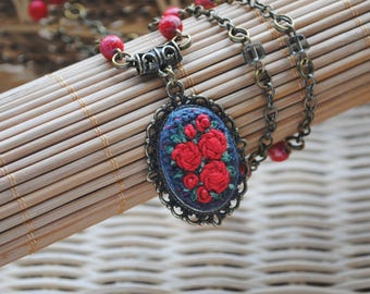 Red necklace roses jewelry necklace pendant anniversary gift for wife gifts for mom embroidery jewelry serpentine necklace bohemian necklace