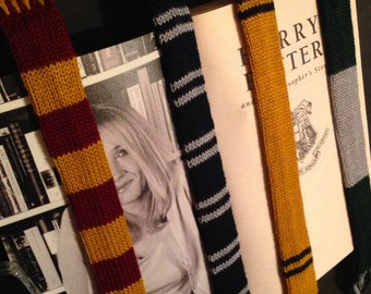 Harry Potter Bookmarks (scarf design)