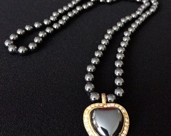 Heart necklace, Black and gold, Black pearls