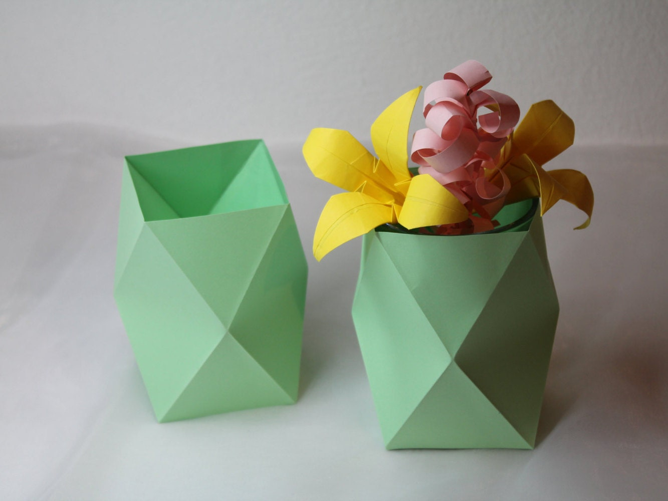 2pcs origami vase  flower vase  home decor  vases  paper