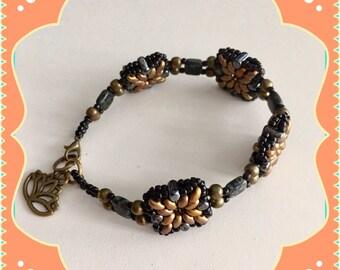 48. Beaded bracelet